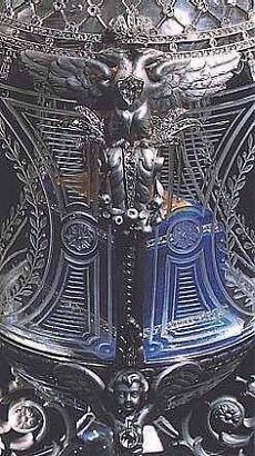 Alexander III Equestrian Monument Egg. On the sides sits two double-headed eagles, wearing diamond-set crowns. The egg is held by four coiled platinum cherubs, that sits on a crystal base shaped like a four-petaled rosette.   Donna Richardson приколол(а) это к доске Faberge